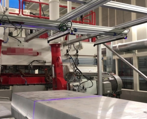 OEM machine building with laser sensors